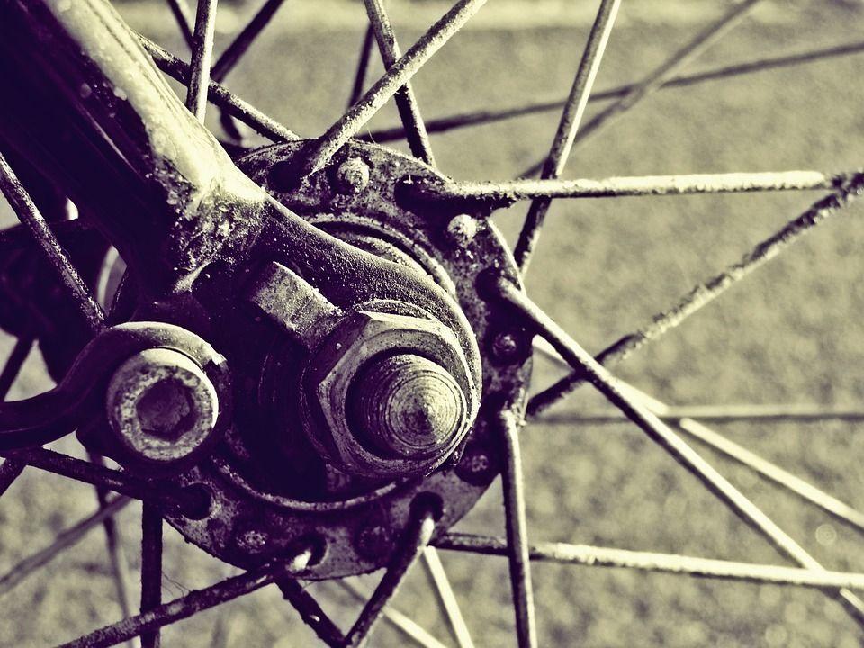 Sklep rowerowy a części zamienne