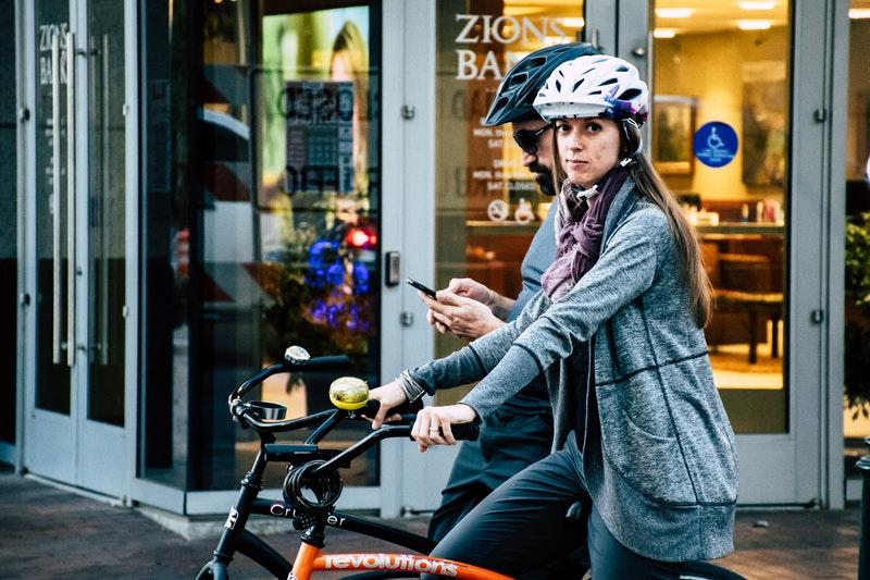 Jak zwiększyć bezpieczeństwo jazdy na rowerze?