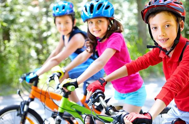 Wybór kasku rowerowego dla dziecka